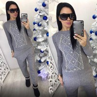 Autumn Women Sweaters Knitting Two Pieces Sets Knitted Beading Tops And Pants Sets Woman Pullovers Sweater Tracksuits
