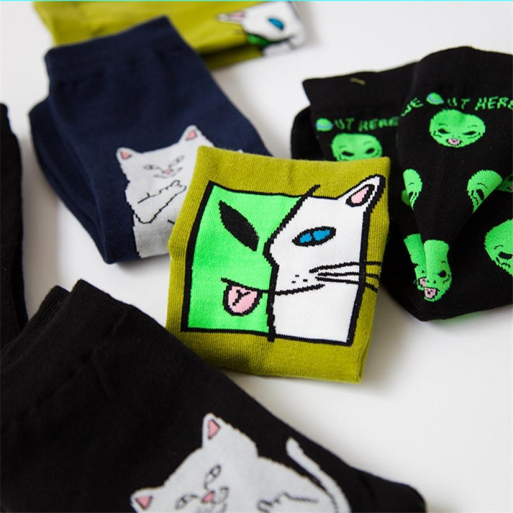 Cute Cat Alien Socks Funny Planet Alien Cat Socks Cotton Crazy Casual Unisex Middle Long Harajuku Funny Socks skarpetki damskie
