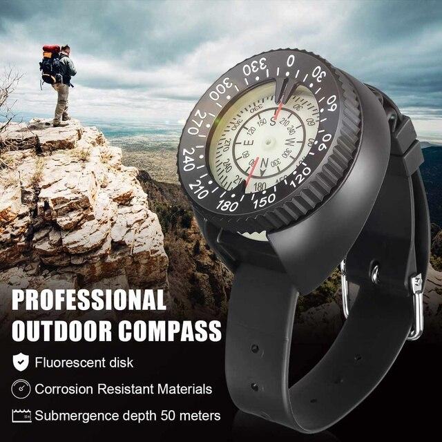 3cd14573fd2a Al aire libre brújula profesional de buceo brújula impermeable Navigator  reloj Digital de brújula para nadar bajo el agua