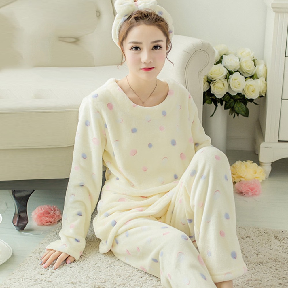 Women Cute Warm Pajama Suits Sweet Thick Flannel Winter Simple Japanese  Style Polka Dots Female Fashion Tops Pants Sleepwear 1011f3f7c