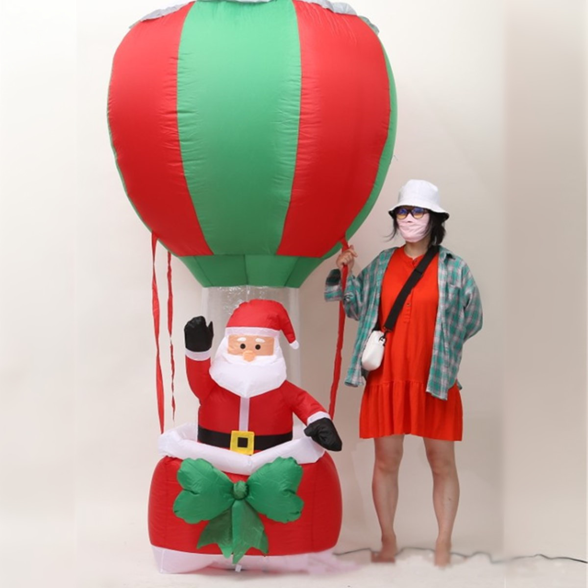 2.4M Air Inflatable Santa Claus Snowman hot air balloon Outdoor Airblown Christmas Decoration Figure Kids Classic Toys air shipping christmas archway airblown animated inflatable gingerbread house with led lights for yard decoration