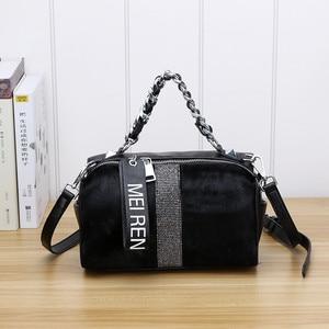 Image 1 - Женские кожаные сумки, новая сумка ведро из конского волоса с бриллиантами, меховая сумка на плечо с цепочкой, зимняя винтажная сумка мессенджер из Бостона