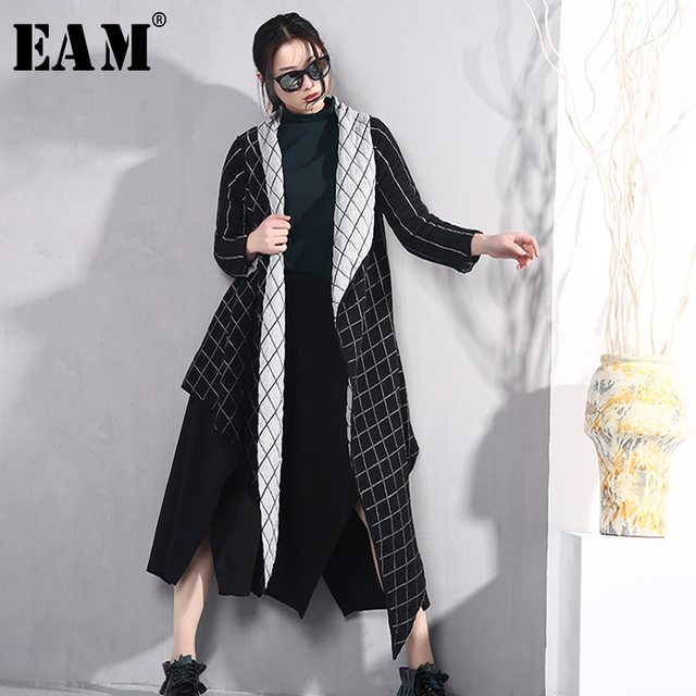[EAM] 2019 New Spring Lapel Long Sleeve Black Loose Double Side Wearing Loose Irregular Jacket Women Coat Fashion Tide JO576