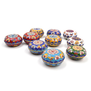 Jewelry Box Vintage Chinese Style Floral Pattern Enamel Cloisonne Jewelry Box for Small Ring Earring Storage Box Random Color(China)