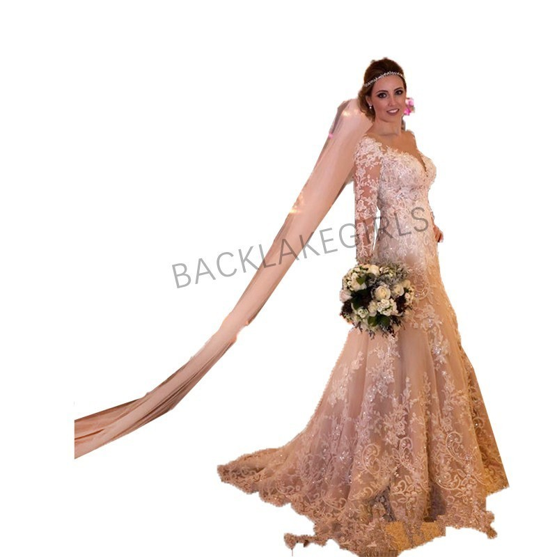 Elegant Modest Long Sleeve Lace Wedding Dress Vintage V