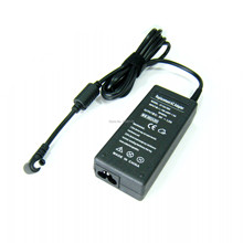 Multiple types of laptop adapter power conversion notebook 65W 19V 3.42A charger common port no cord