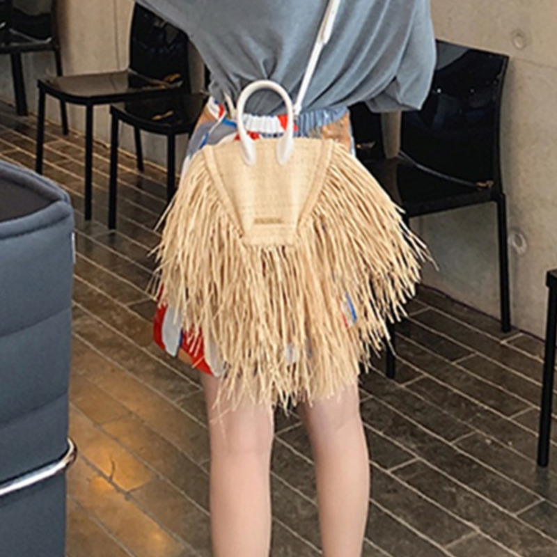BXX 2019 New Spring And Summer Women Bags Tassels Natural Straw Paper Single Chain Cross Body Small Packages Vacation WE89104(China)
