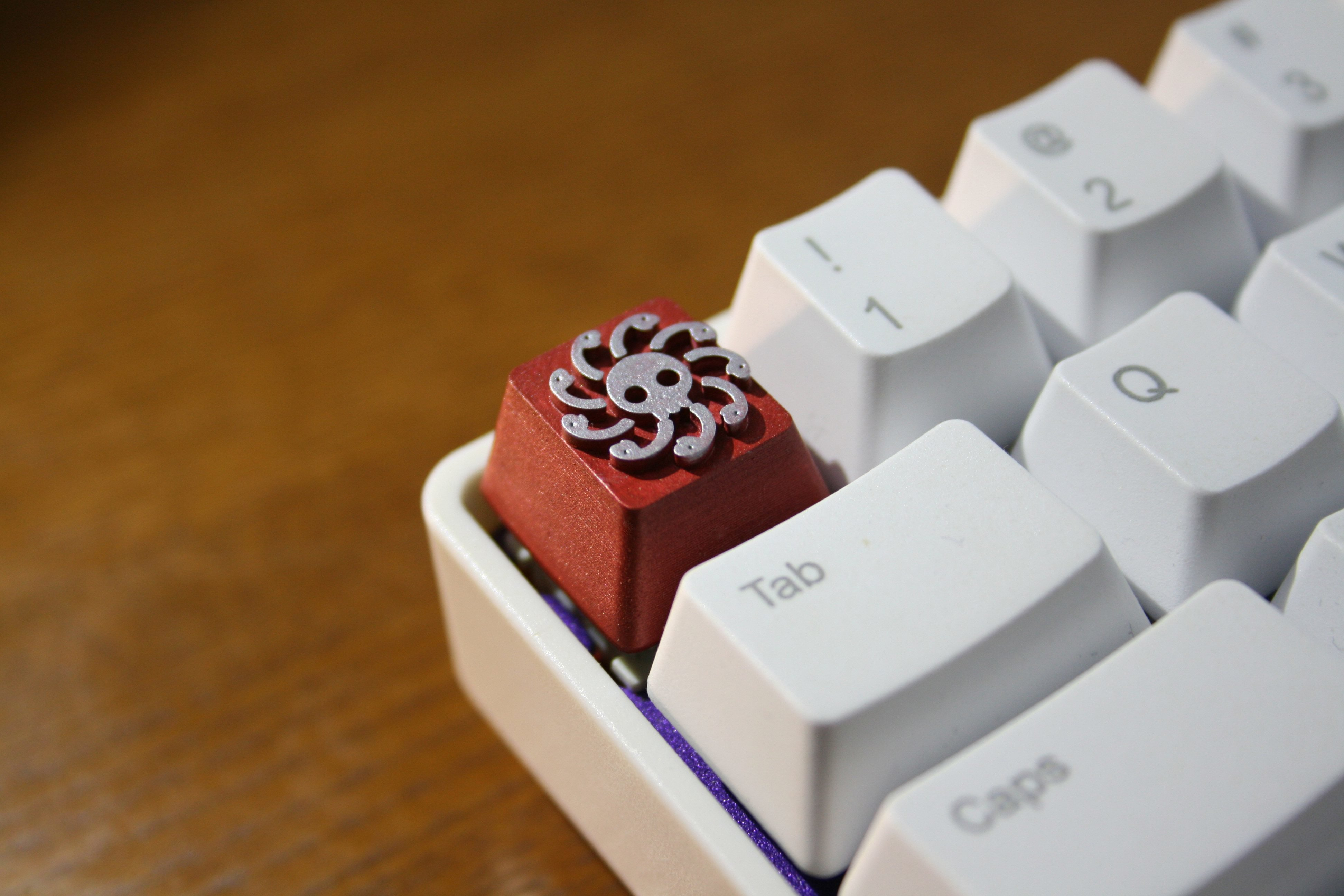 Color : 1pc Key Cap Keyboard keycaps 1pc Resin Hand-Made Customized Key Cap 3D Stereoscopic Mechanical Keyboard Keycap for ONE Piece Boa Hancock