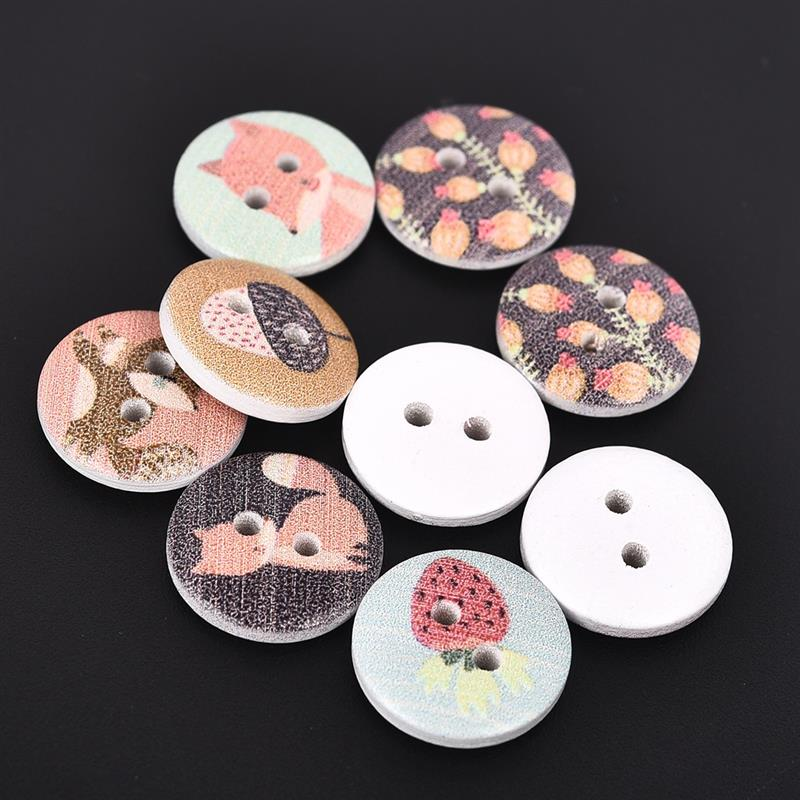 50 WHITE BUTTONS IN A CHOICE OF SIZES OR MIXED #CRAFTS//SEWING//SCRAPBOOKING