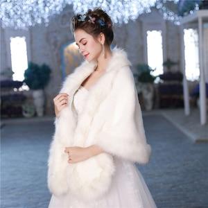 Image 2 - Новая теплая шаль из искусственного меха, зимняя накидка для свадьбы, аксессуары для невесты, модная женская меховая шаль, куртка ручной работы