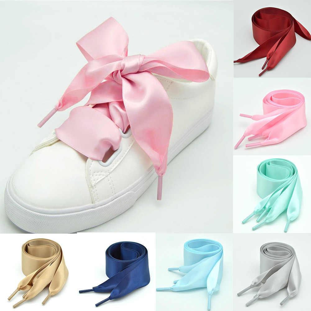 แฟชั่นลาดผ้าไหมรองเท้า Laces ที่มีสีสันซาตินริบบิ้นผ้าไหม Shoelaces รองเท้าผ้าใบรองเท้า 4 ซม. กว้าง Shoelaces