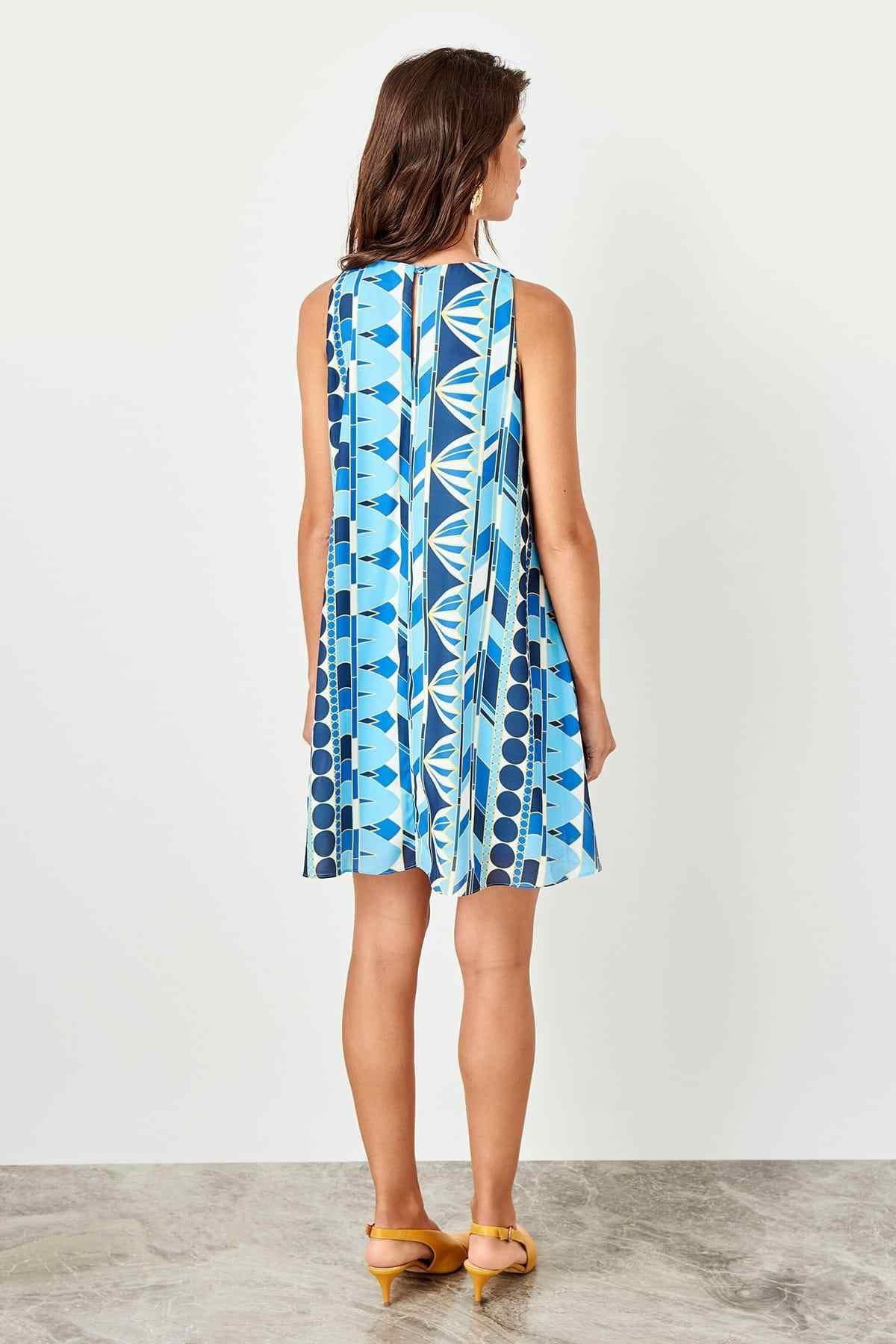 Синее платье с принтом Trendyol TWOSS19BB0215