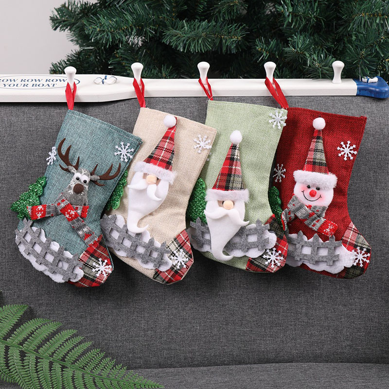 10 Pcs / Lot Santa Claus Elk Snowman Style Christmas Xmas Socks Stockings Decorations Christmas Candy Sock Gift Bags for Tree