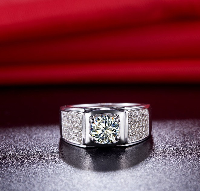 Fine 1 Carat White Diamond Gold Ring - Novarian Creations