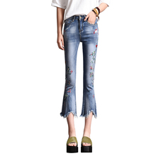 2019 Summer Fashion Flare Denim Jeans Women Vintage Floral Embroidered Female Blue Casual Ripped Tassel Pants Capris