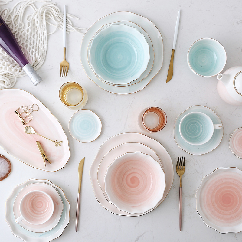 Pink And Blue Gold Ceramic Tableware Porcelain Plate Coffee Mug Cup Bowl Teapot Dish Table Elegant Party Decoration Dinner Set