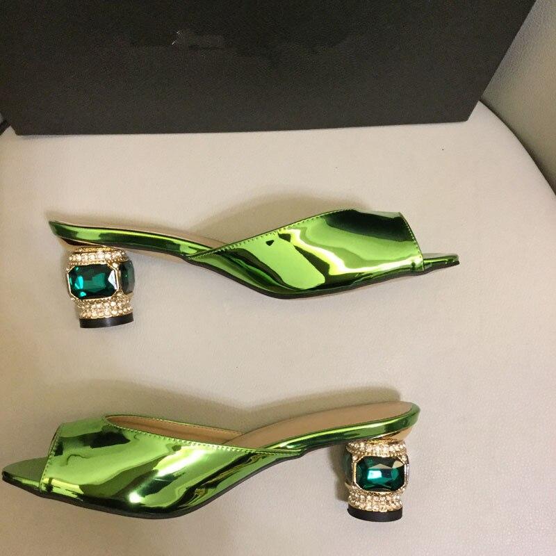 De Cristal Coloré Mules chaussons En Demi Hauts Verni As Pic Strass as À Femme Talons Peep Sexy Toe Banquet Partie 19ss Chaussures Cuir Pic UwqdfWPP