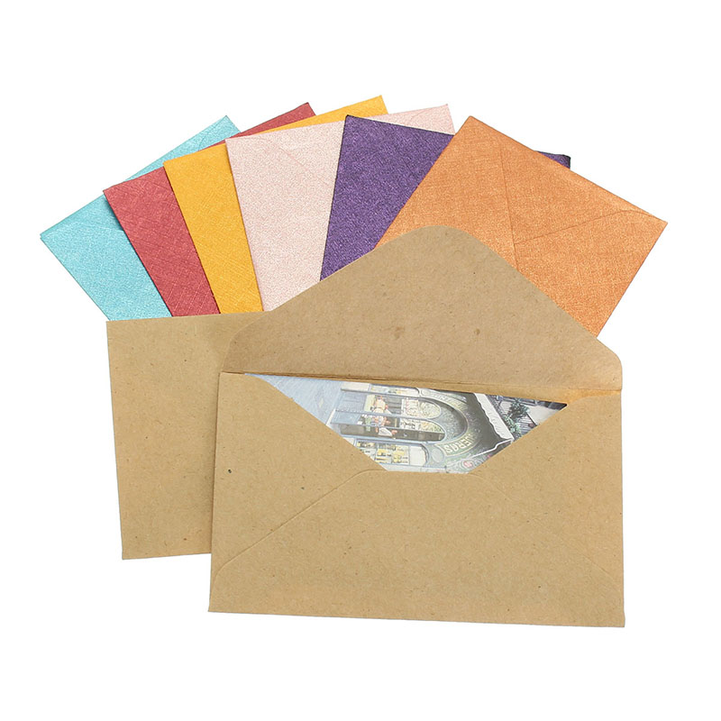 50pcs Vintage Colored Blank Mini Kraft Paper Envelopes Wedding Party Invitation Envelope Greeting Card Gift 4 Colors 6x10cm