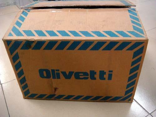 бывшее в использовании оливетти pr2e 24-контактный книжки принтер с лицо