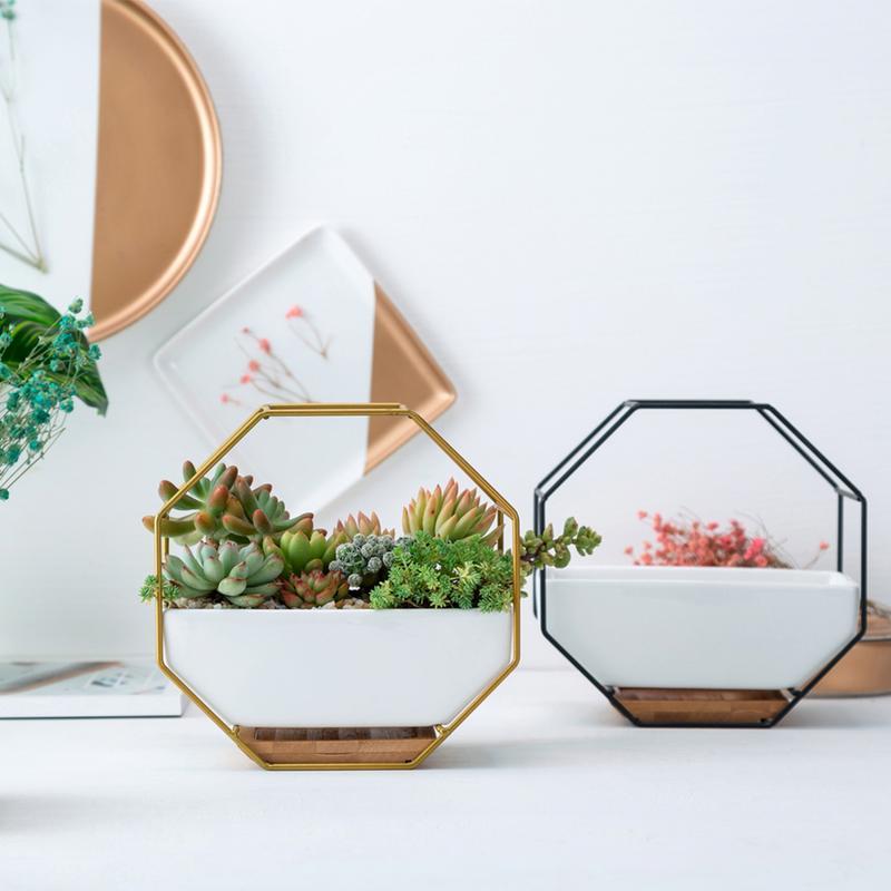 Augkun Metalen Ijzeren Rek Witte Keramische Planter Pot Eenvoudige Achthoekige Geometrische Muur Opknoping Tafel Set Bamboe Lade Ijzeren Frame Set Voor Een Soepele Overdracht