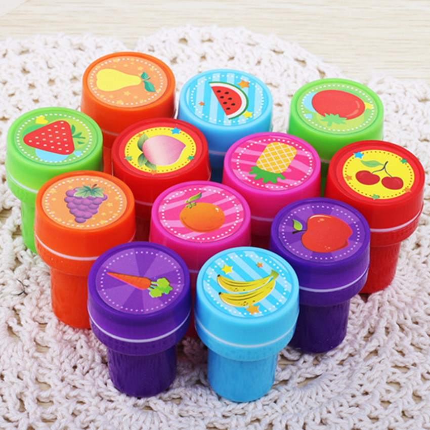 6pcs Self-ink Cartoon Rubber Stamps Toy Kids Event Supplies Puzzle DIY Scrapbook Birthday Christmas Gift Toys Educational Toy