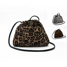PU Strap and Women Purse Gender Women's PU Leather Handbag Leopard print  Chain Cross body drawstring