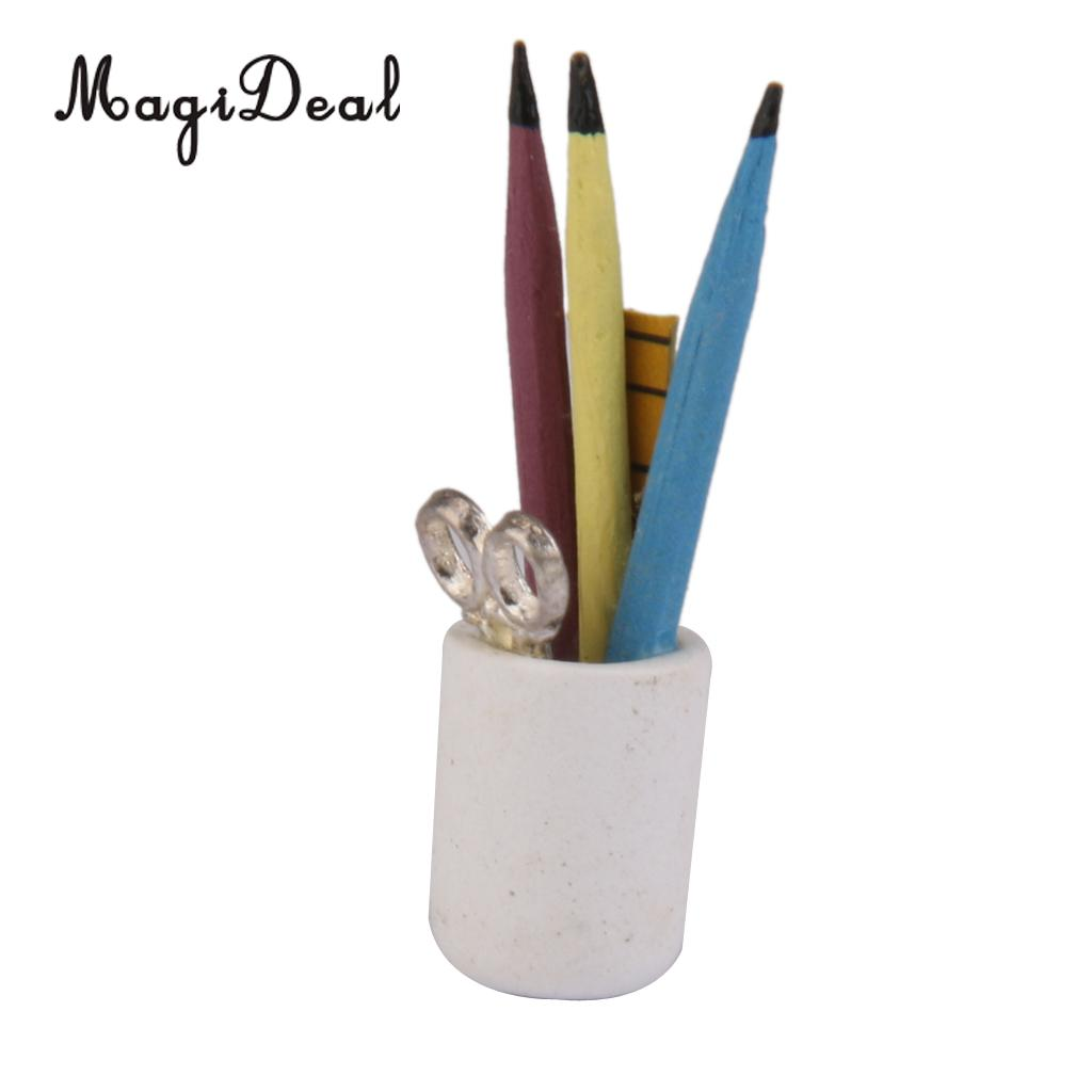 Pencils in a Can 1//12 scale  dollhouse miniature  IM65347