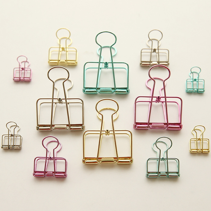 10pcs/Lot Simple Small Metal Hollow Out Long Tail Clip New Stationery Lovely Color Office File Dovetail Paper Clips Random Color