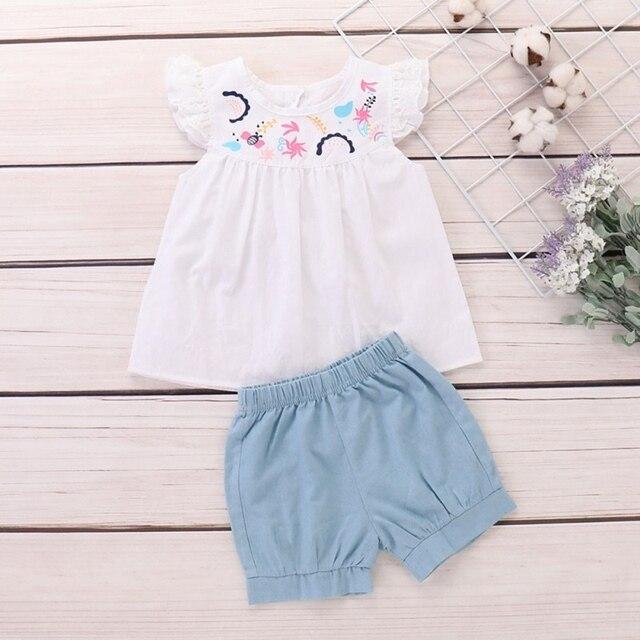 2019 летняя футболка с расклешенными рукавами и цветочной вышивкой для маленьких девочек, топы + шорты, повседневные комплекты одежды, милый комплект из 2 предметов