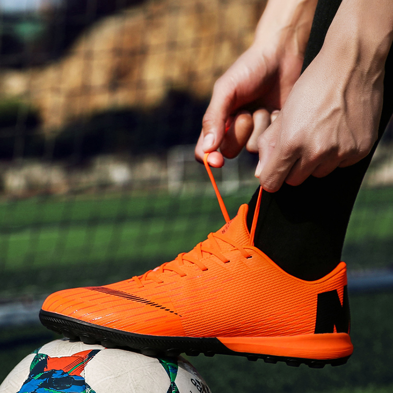 cd5e25cd5 Indoor Soccer Shoes Men Futsal High Top Soccer Cleats Adults Magista TF  Football Shoes for Boys