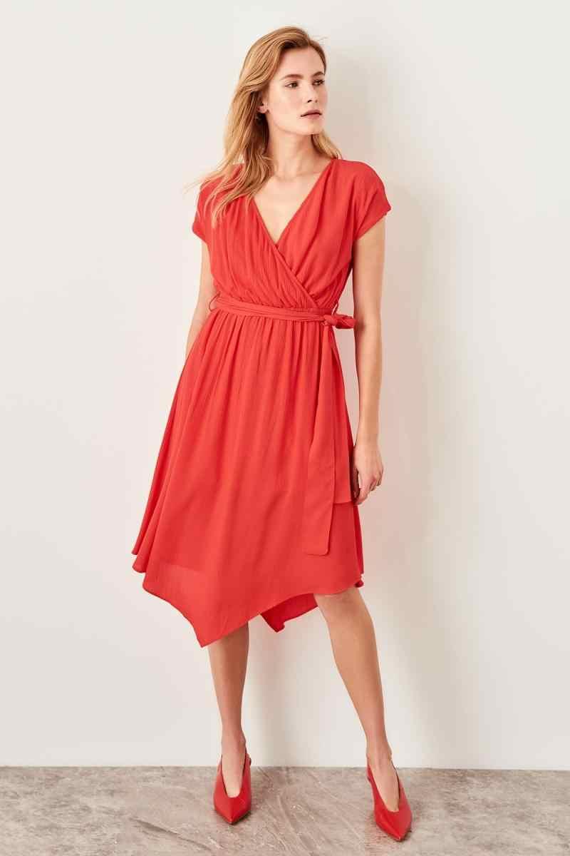 Trendyol красное платье со шнуровкой TWOSS19IE0005