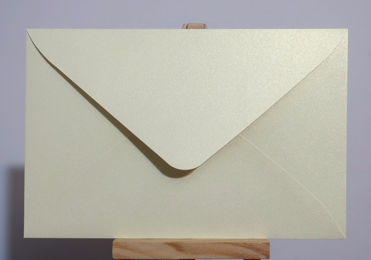 """Image 5 - 50pcs 17x11cm(6.6"""" x 4.3"""") 120g Pearl Color Paper Envelope for Invitation Greeting Card Postcard-in Paper Envelopes from Office & School Supplies"""