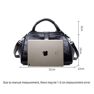 Image 4 - OYIXINGER Women Genuine Leather Messenger Bags Womens Alligator Clasp Pillow Totes Bags Female Real Leather Crossbody Doctor Bag