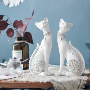 Image 2 - Figurine Cat Decorative Resin statue for home decorations European Creative wedding gift animal Figurine home decor sculpture