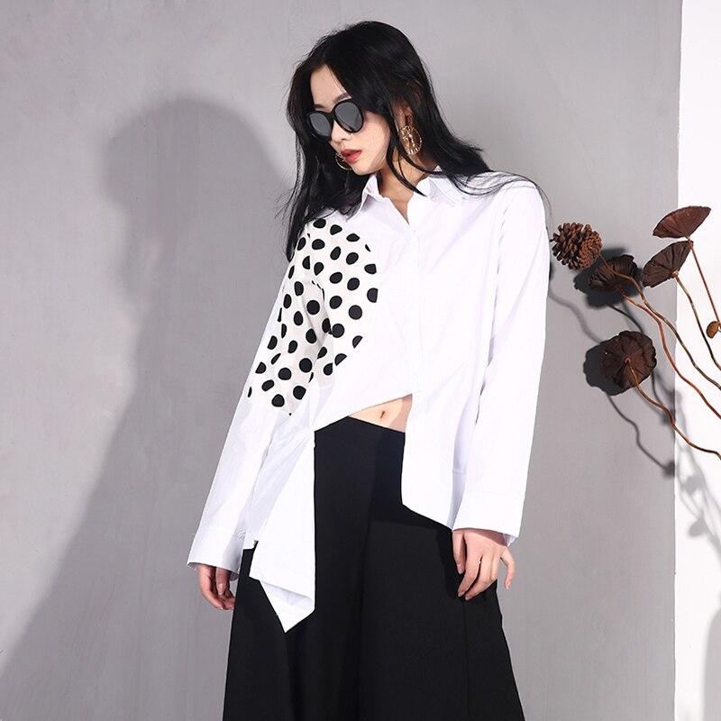 LANMREM 2019 Women Spring Summer Irregular Polka Dot Print Split Joint Shirt Fashion Loose Long Sleeve New Pattern Jacket YG121 2