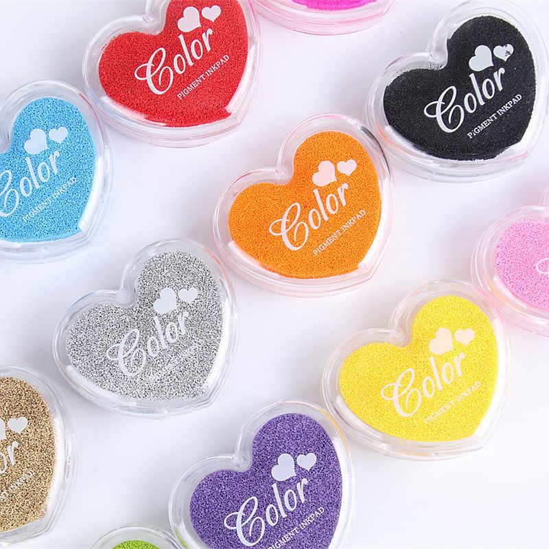 Ezone 1 PC Permen Warna Bantalan Tinta untuk Anak-anak DIY Stamp Diy Scrapbooking Cetak Tinta Minyak Pad Kawaii Cinta Jantung Bentuk alat Tulis