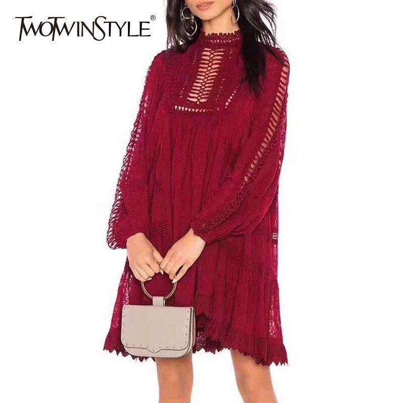 Kadın Giyim'ten Elbiseler'de TWOTWINSTYLE Ağır Nakış Elbise Kadın Ilmek Fener Uzun Kollu Hollow Out Bayan Elbiseler Moda Büyük Boy 2019 Bahar'da  Grup 1