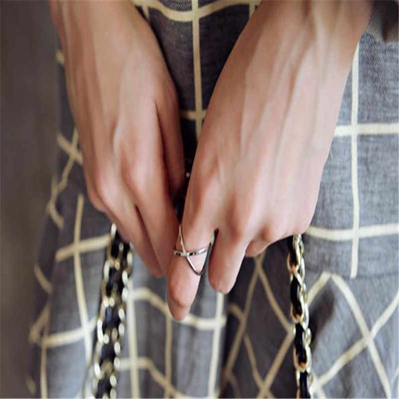 New Cross Hollowing Crystal Rings For Women Rose Gold Ring For Women Fashion Finger Rings Vintage Silver Plated Ring Accessories