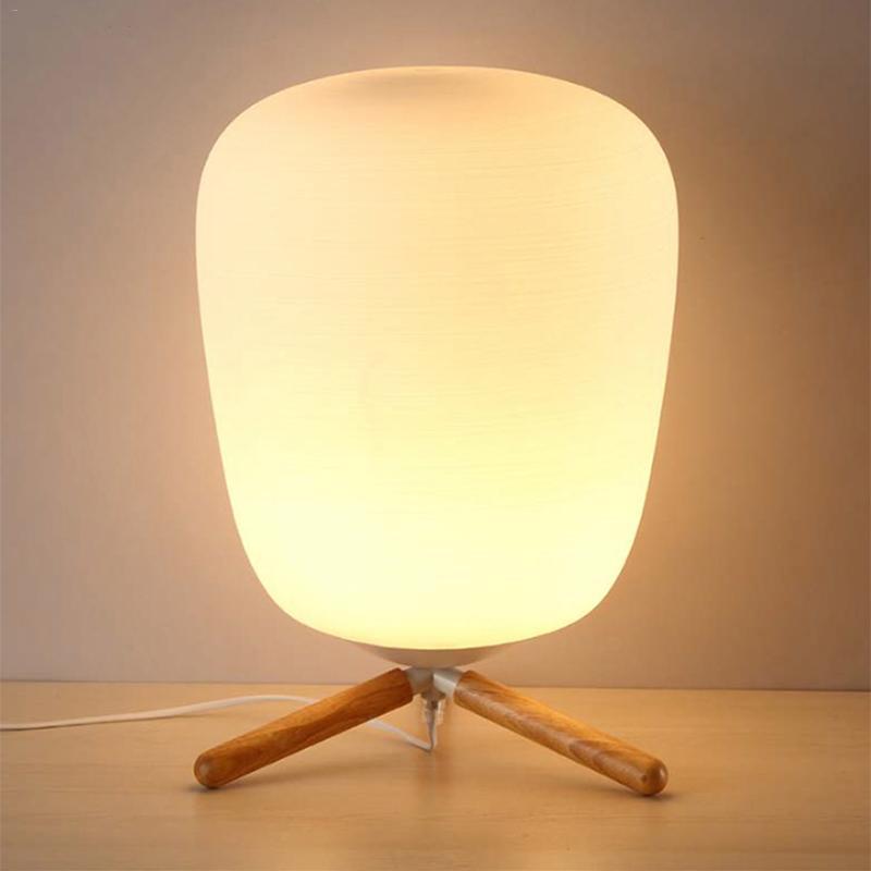 Ultra Moderno Mini di Modo Paralume In Vetro Smerigliato E Staffa Di Legno Texture Lampada Da Tavolo di Studio Con La Fonte di Luce Spina DEGLI STATI UNITI