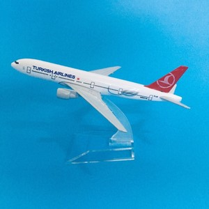 16cm Plane Model Airplane Model Turkish Airlines Boeing 777 Aircraft Diecast Metal Airplanes Model 1:400 Plane Toy Gift Turkey(China)
