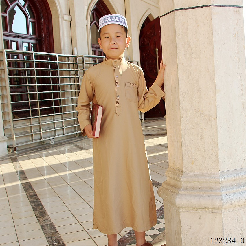 Plus Size Eid Mubarak Boys Muslim Robes Embroidered Jubba