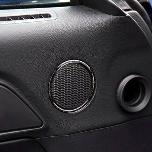 Image 5 - עבור פורד מוסטנג 2015 2016 2017 2pcs סיבי פחמן רכב פנים דלת אודיו רמקול טבעת רצועת תפאורה כיסוי