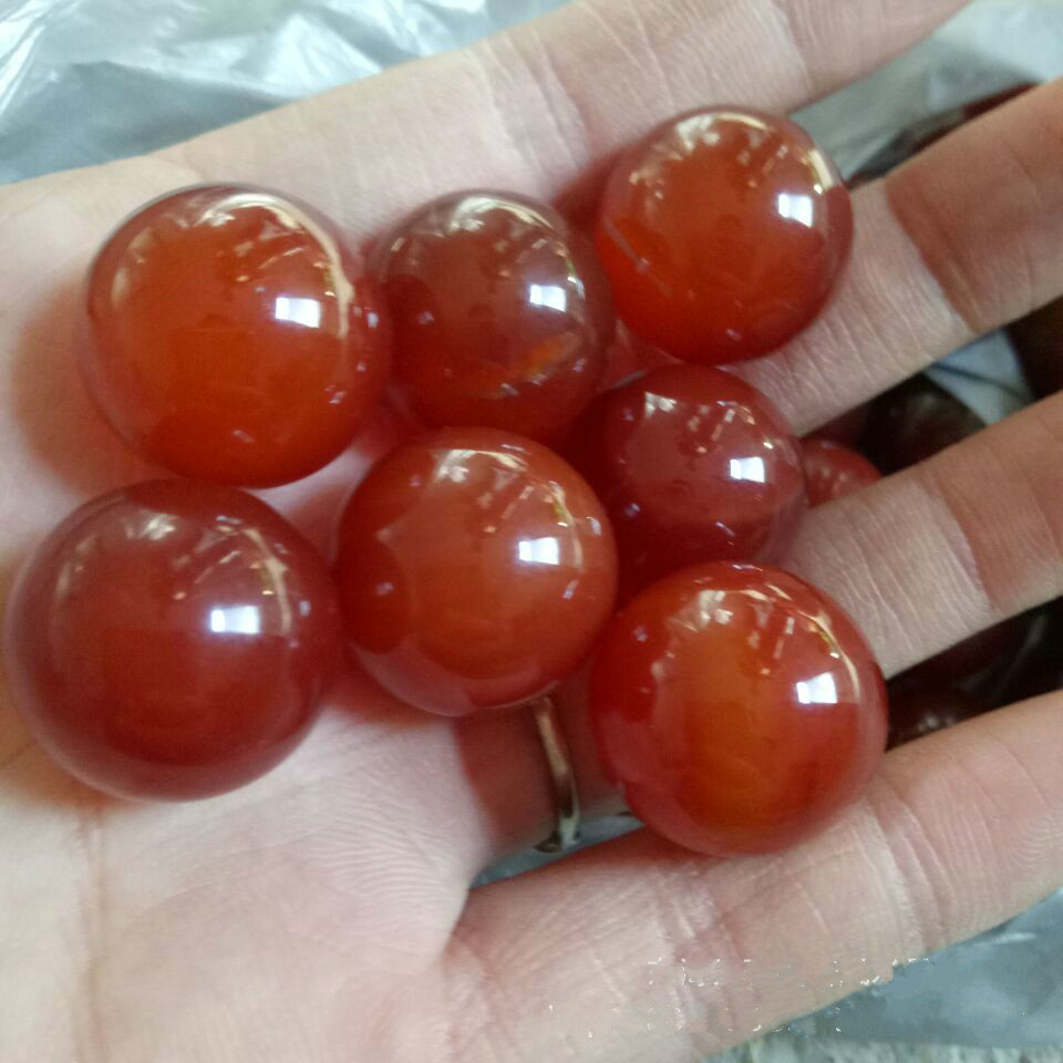 Natural red agate crystal ball natural town house stone beads