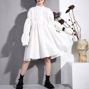 Image 2 - [EAM] 2020 nouveau printemps automne col montant à manches longues noir plissé pli point irrégulière grande taille robe femmes mode marée JO47