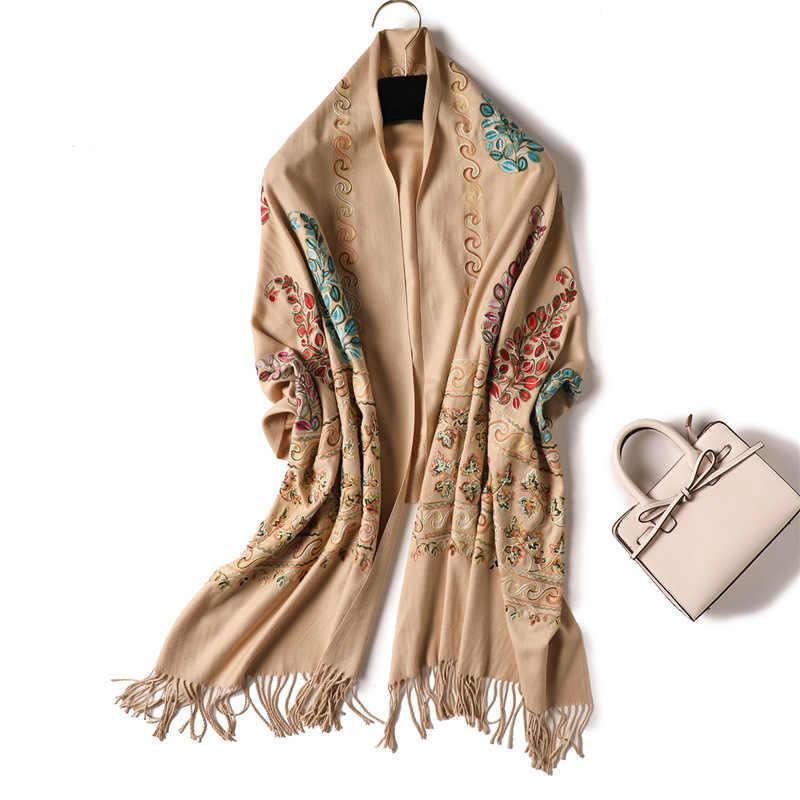 2019 刺繍女性スカーフ高品質厚く暖かい冬のスカーフカシミヤショールとラップレディースパシュミナスカーフバンダナ echarpe