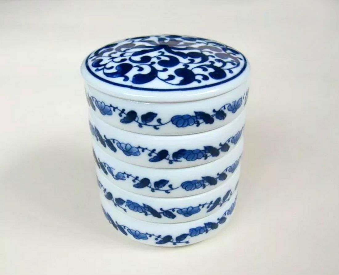Collection Five Blue And White Porcelain Mixed Trays With Covers Exquisite Small Gift