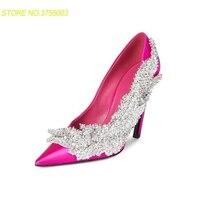 Мода атласная Женская обувь на высоком каблуке Острый носок с цветами и стразами Женская обувь для вечеринок блестящие Feminino свадебные туфл