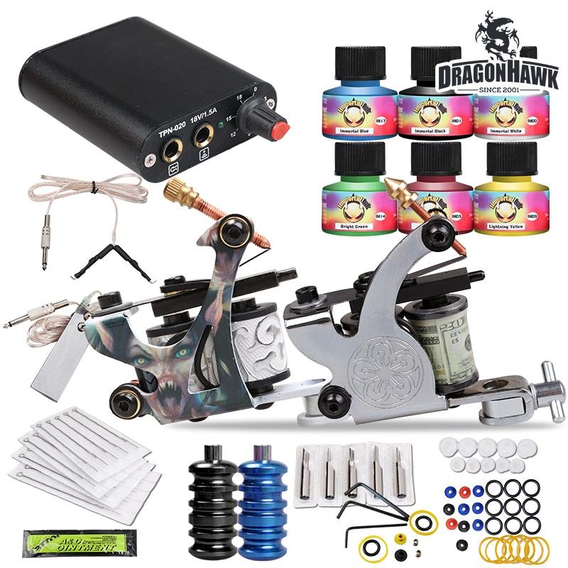 Tattoo Kit 2 Mitragliatrici USA inchiostri a colori Tip Power Supply Set 20 Aghi HW-26GDTattoo Kit 2 Mitragliatrici USA inchiostri a colori Tip Power Supply Set 20 Aghi HW-26GD