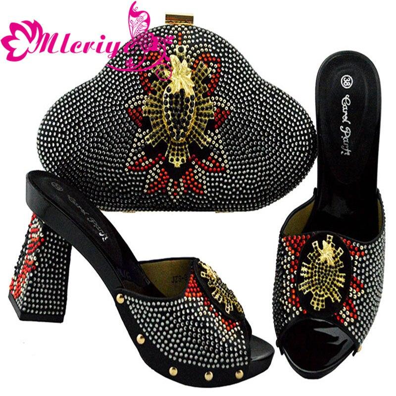 La purple Strass Et De Italiennes Nigérian Avec Mariage Pour Chaussures Arrivée Nouvelle Sacs Fête Décoré Jsz04 Ensemble Sac vqawFF