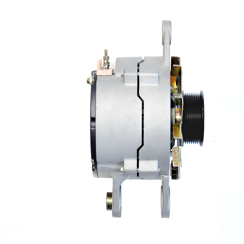 24V 2000W Alternator JFZ2701 Generator Truck Accessories For Diesel Engine CUMMINS 6BT YC 6105 6108 Engine